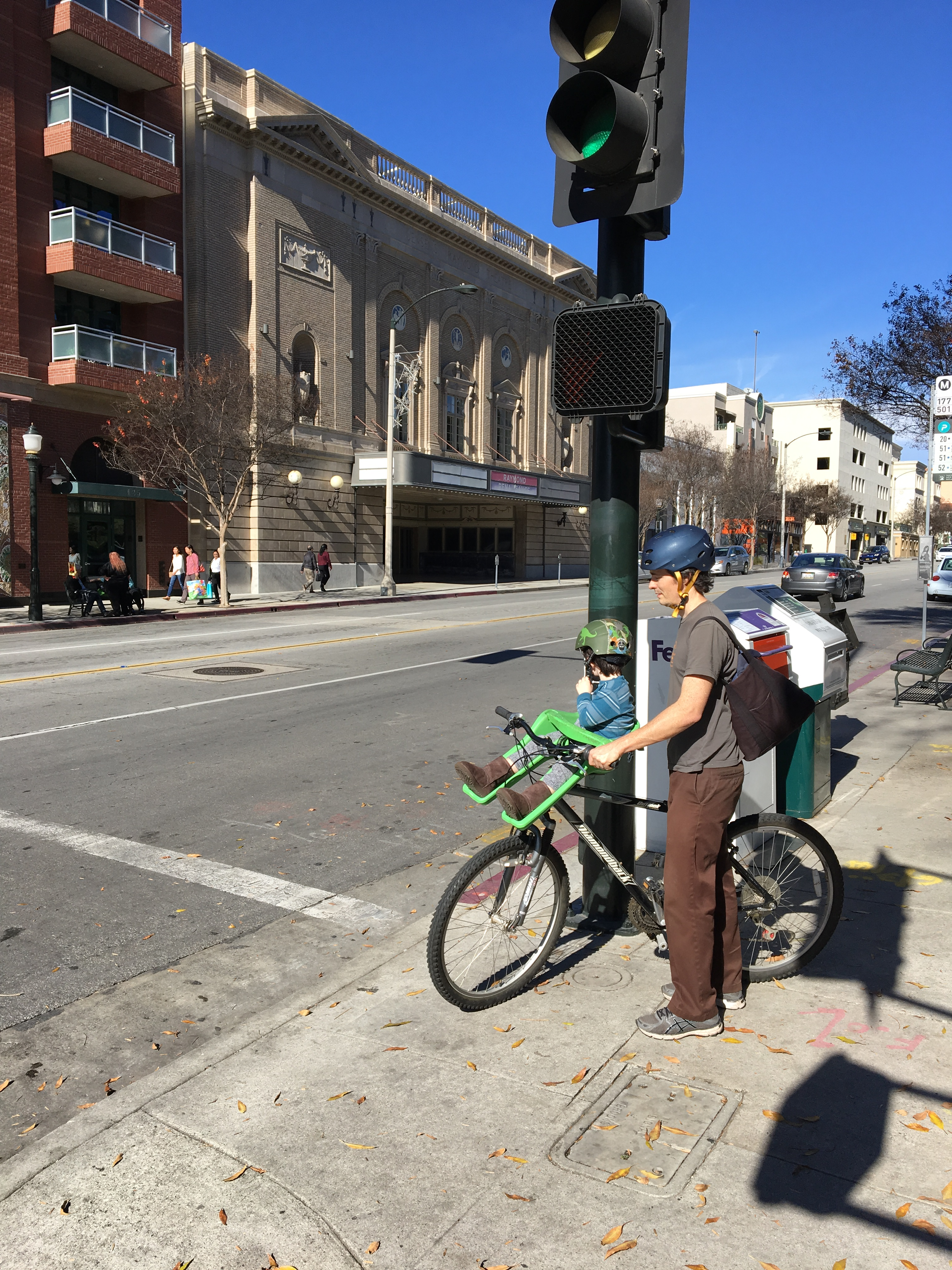 Bicycling Family in Pasadena